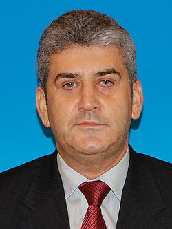 Y no paramos: Gabriel Oprea, el nuevo ministro de Interior, a la calle